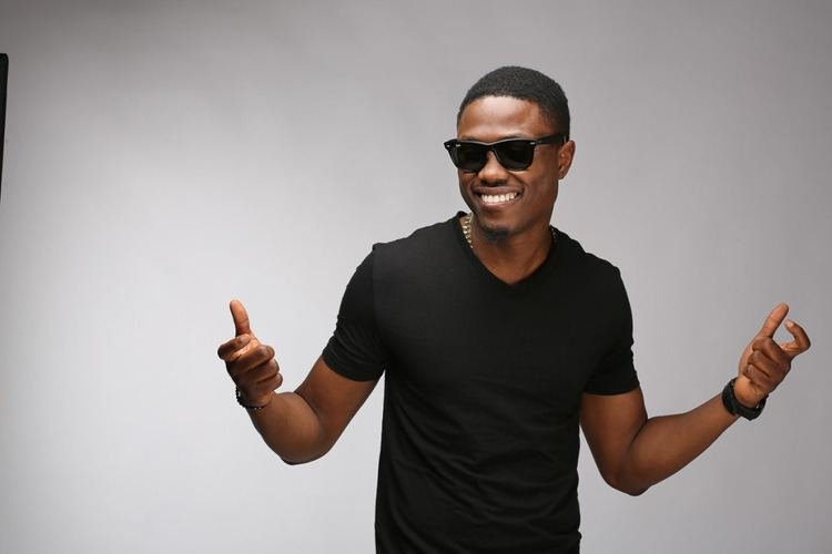 Vector Treated As an Upcoming Artiste In Ibadan Show