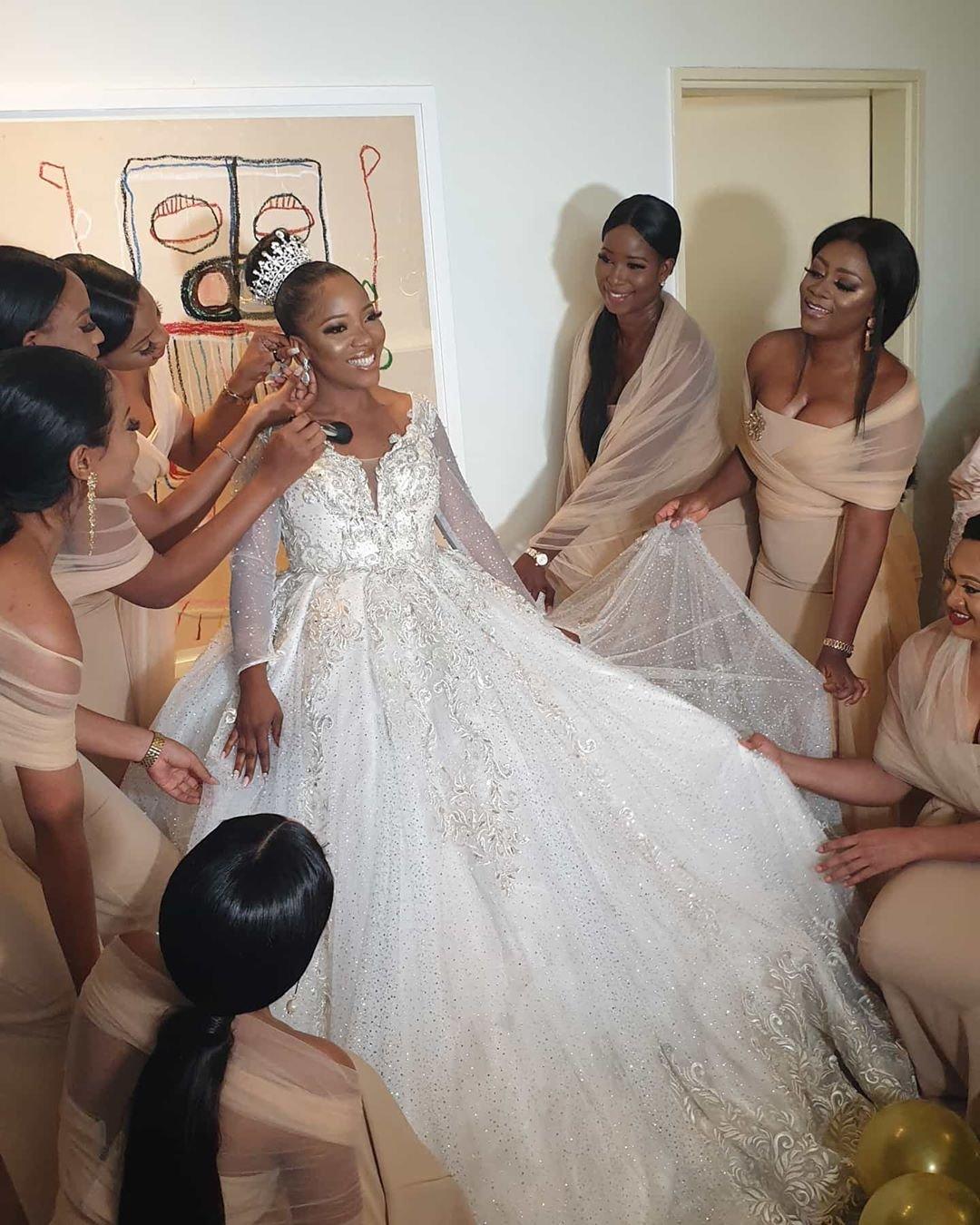 Sandra Ikeji Attempts Guinness Records with 200 Bridesmaids (PHOTOS)